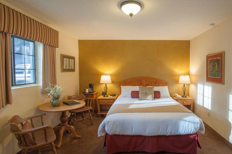 Austria-Hof-Queen-Room